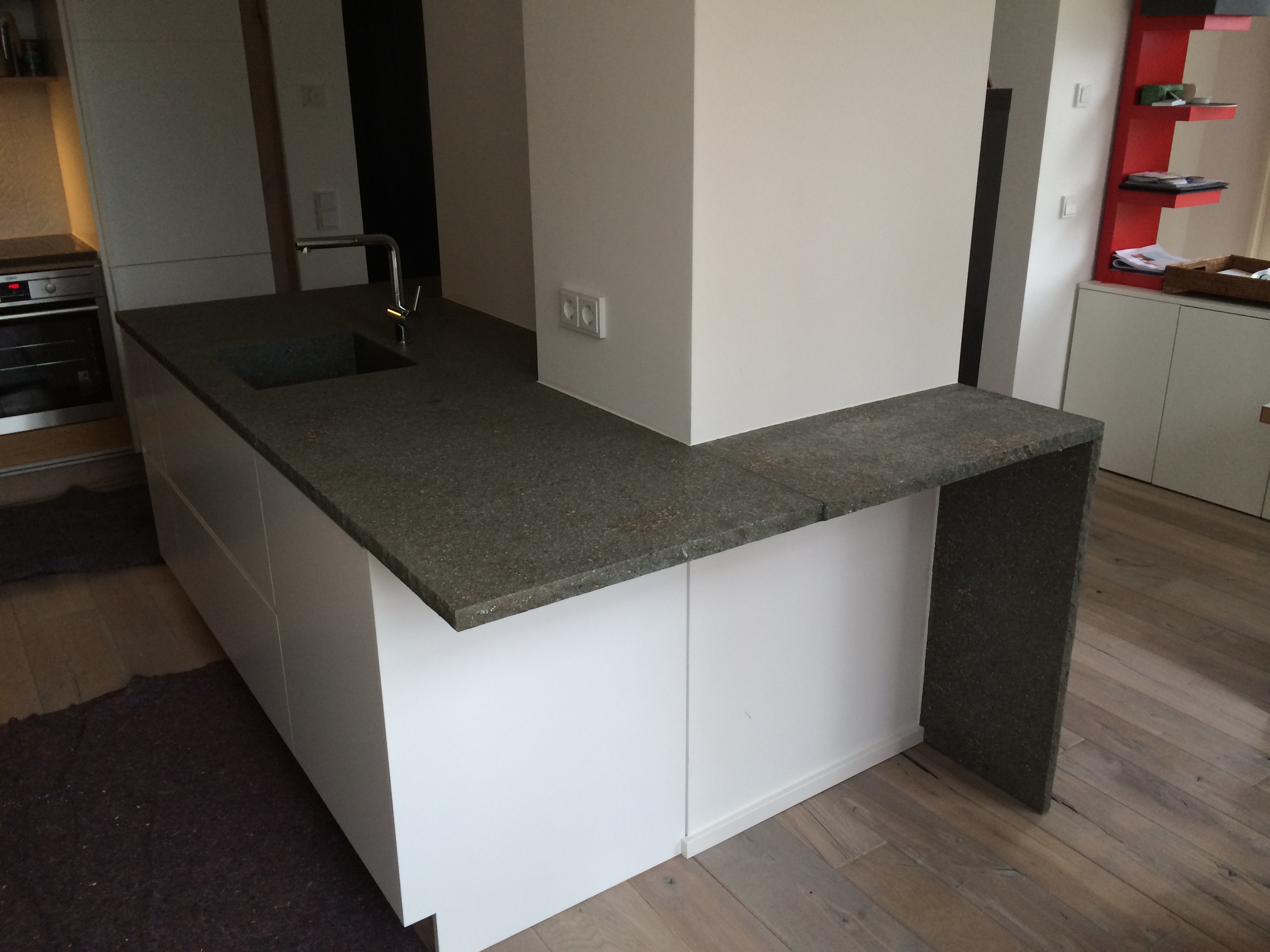 Arbeitsplatte und Küchenplatte aus Porphyr
